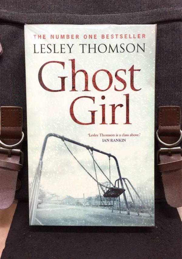 Lesley Thomson : GHOST GIRL